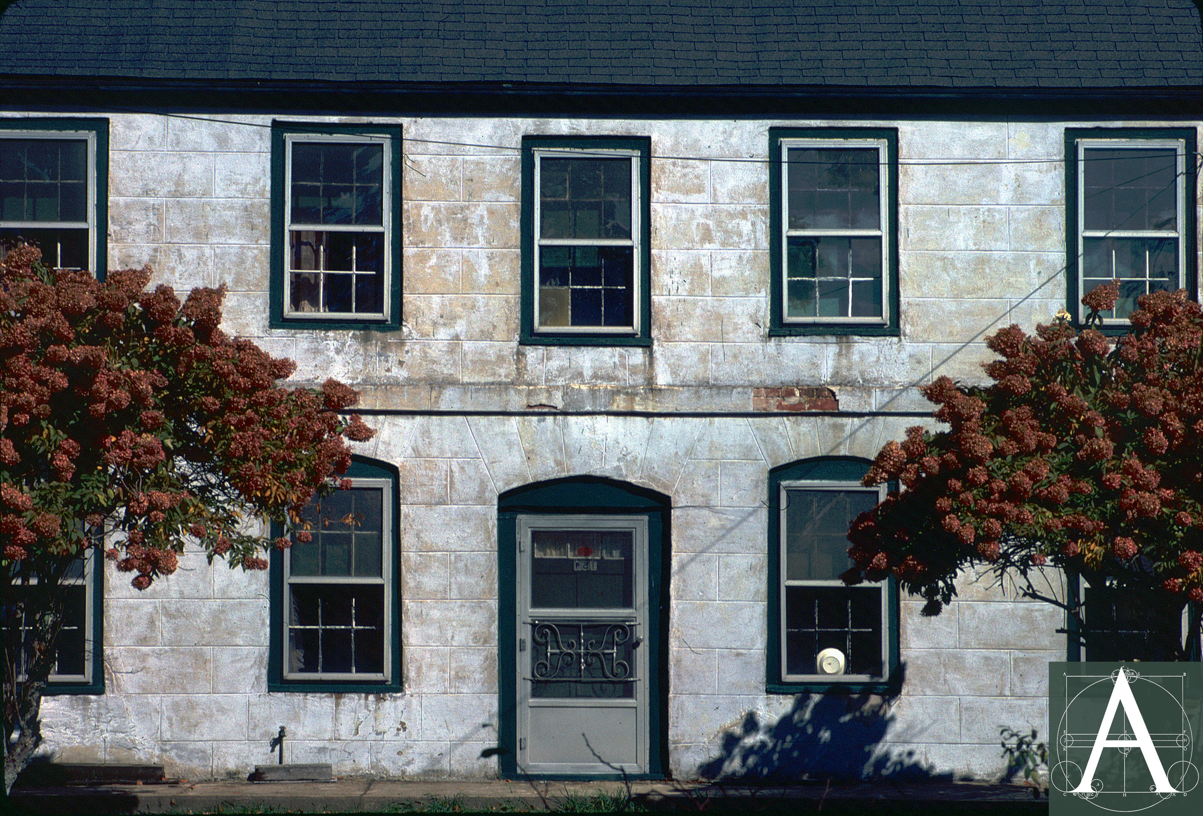 3 MA W Newbury - 154 Main St - facade detail 1980