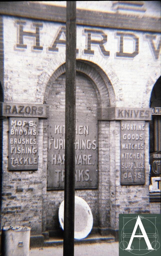 3-ri-npt-brick-mkt-c-1915-hne-photo